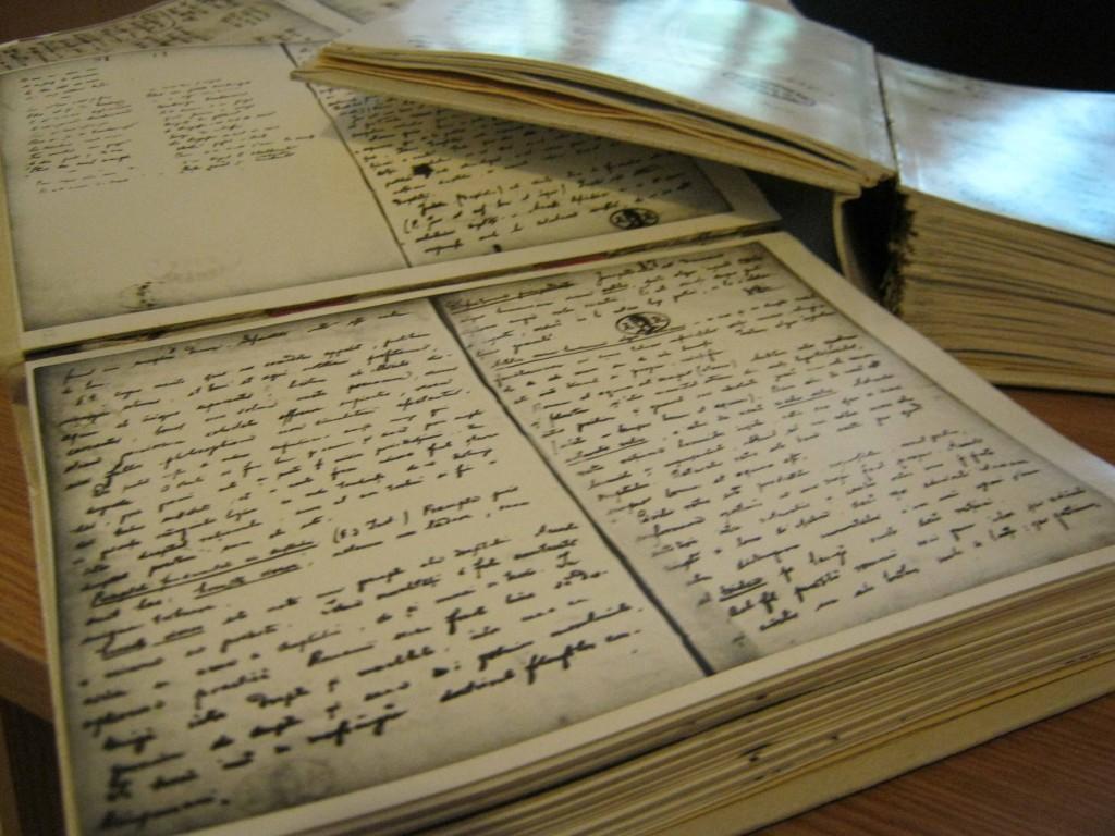 manuscrise-eminescu-1
