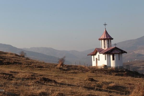 biserica Valea Plopului