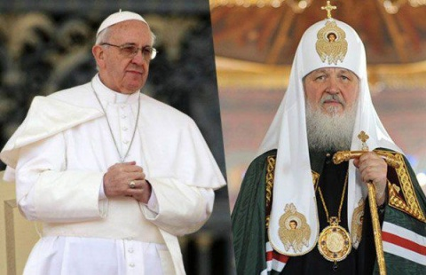 patriarch-kirill-and-pope-francis-465x390