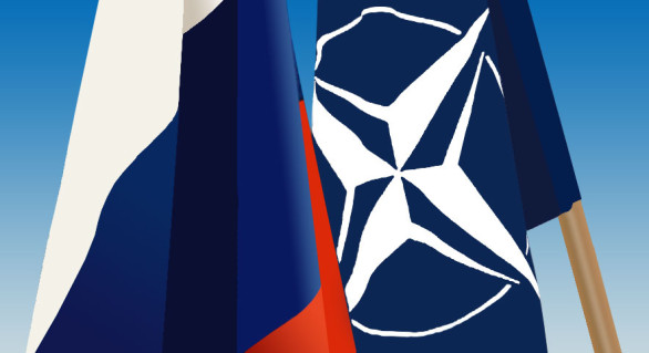 Russian_NATO_flags-586x319