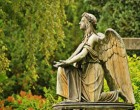 Lasa greul unei inmormantari pe seama unei agentii de servicii funerare