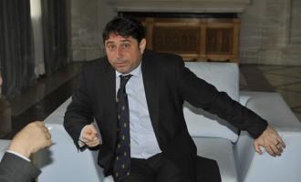 Arest la domiciliu pentru fostul ministru de interne (?!!) Cristian David