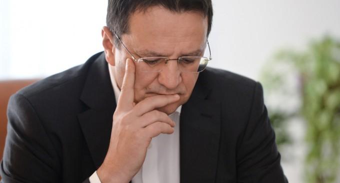 De ce a demisionat George Maior
