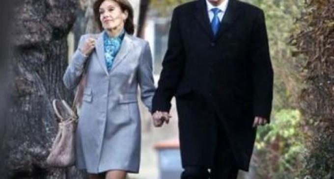 Carmen Iohannis nevinovată? RAAPPS spune că a tăiat doar cinci plopi uscaţi REVISTA PRESEI
