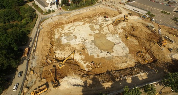 """Arhitecții Mall-ului care a distrus parcul Tăbăcăriei vor să ,,betoneze"""" oraşul in continuare…"""