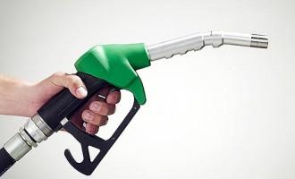 Carburantii inca au preturi de LUX in Romania