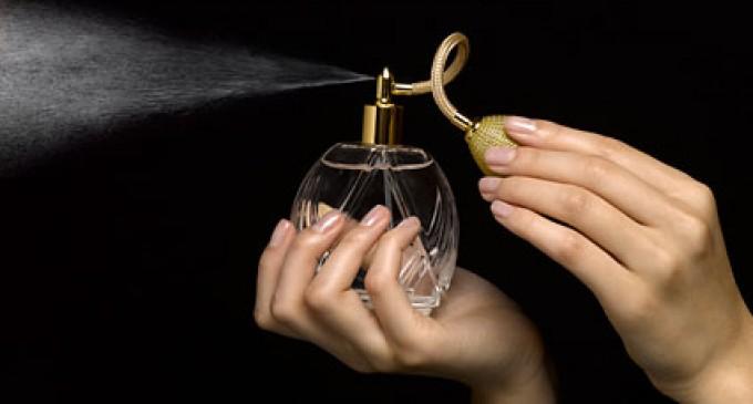 Cum ne dam cu parfum – sfaturi practice