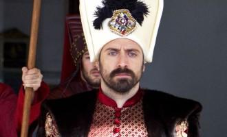 """Oare Victor Maxim şi """"sultanul cu cearşaf"""" au tranformat Biblioteca Colorată într-n Club privat? Partea Întâi"""