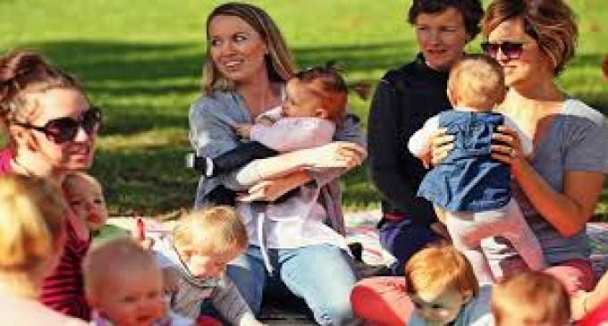 ACTUAL! Preşedintele Klaus Iohannis a promulgat legea indemnizaţiilor pentru mame!
