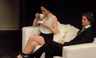 EVENIMENT TEATRAL! Tectonica sentimentelor- un spectacol de teatru cât se poate de actual!