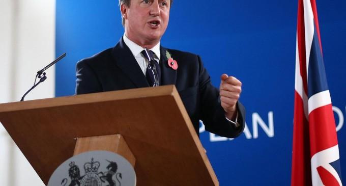 David Cameron avertizează că Brexit-ul va pune în pericol pensiile asigurate de către stat