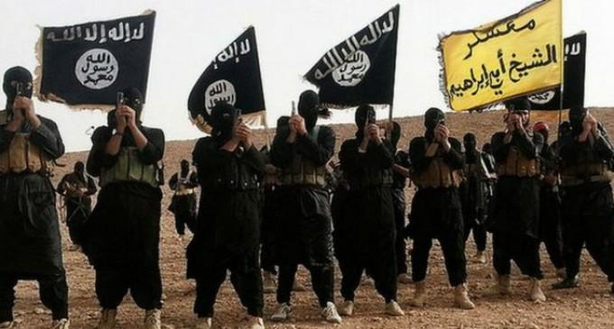 Ucigaşii preotului francez au jurat credinţă ISIS într-un clip difuzat de reţeaua teroristă
