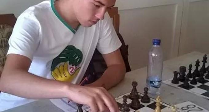 Un tânăr sportiv constănțean, campion european la șah, are nevoie URGENT de ajutorul nostru