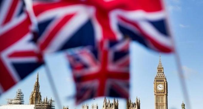 Marea Britanie critică Uniunea Europeană vis a vis de reacţia la criza imigranţilor