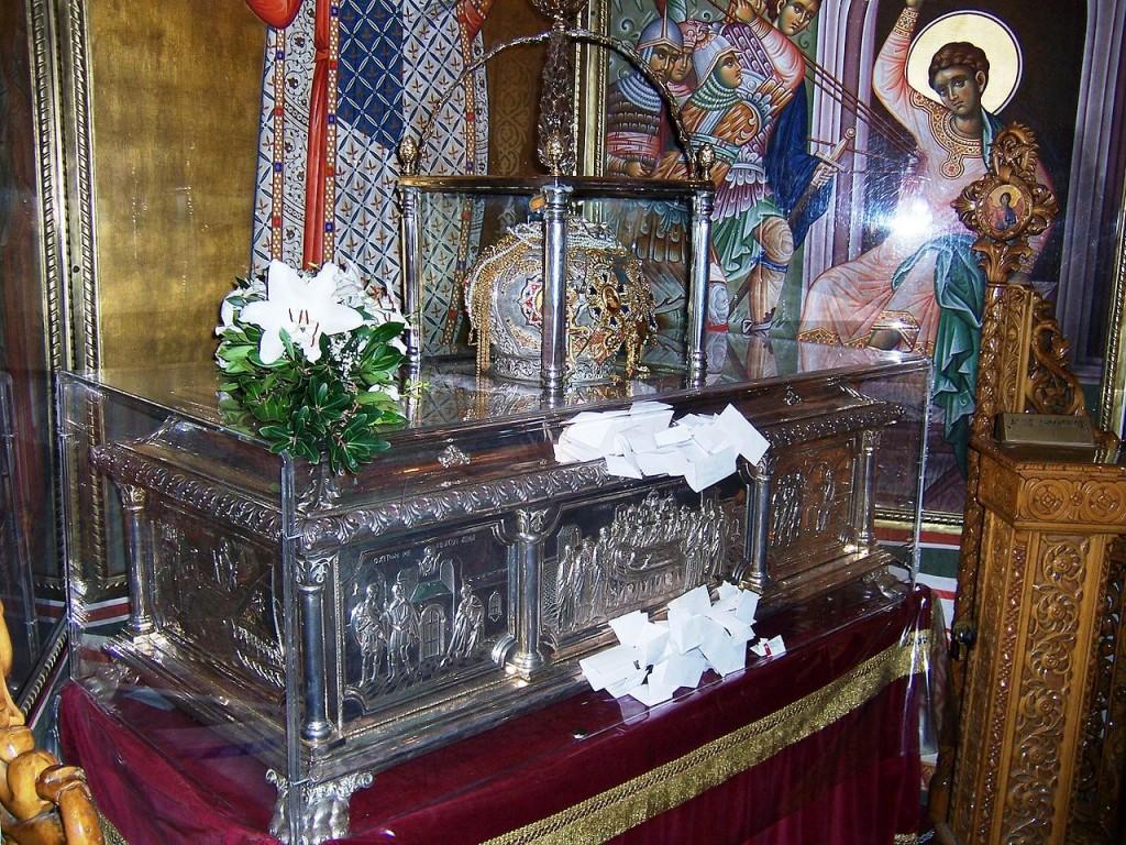 1280px-relics_of_saint_demetrius