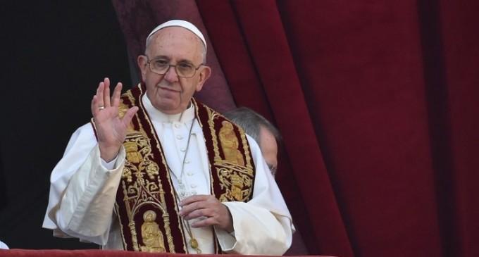 """Mesajul Urbi et Orbi al Papei Francis e tranșant deoarece """"este timpul ca armele să tacă """""""