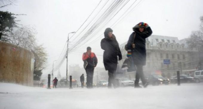 Şcolile şi grădiniţele vor fi închise luni şi marţi în mai multe judeţe, inclusiv și în București
