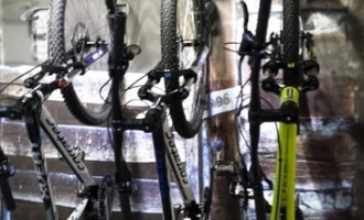 Suporturile de biciclete de perete – solutia ideala de depozitare