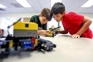 cheie robotica pentru copii, cursuri copii, cursuri  robotica, robot, roboti