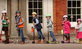 Triciclete si trotinete, jucarii de sezon pentru copii