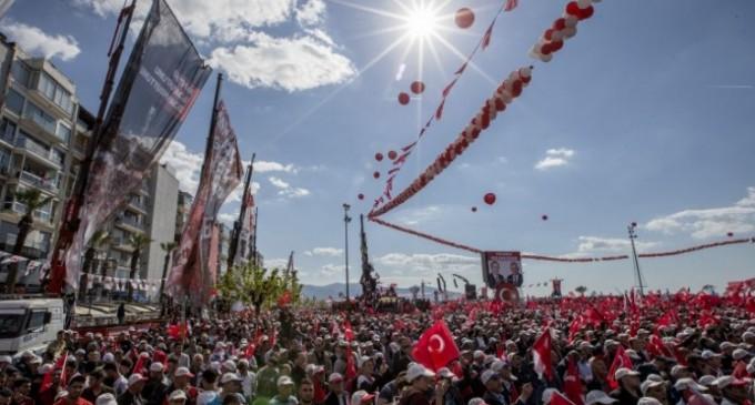 În Turcia, victoria la referendum îi sporește puterea lui Recep Erdogan