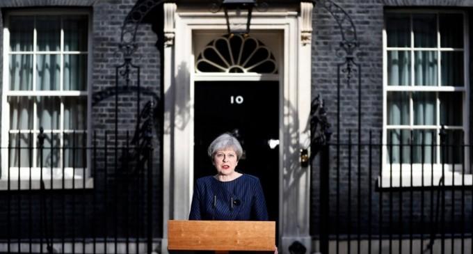 VIDEO! Theresa May doreşte convocarea de alegeri anticipate în Regatul Unit al Marii Britanii