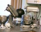Sapte accesorii utile pentru un mixer cu bol