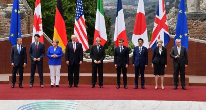 Cancelarul german Angela Merkel încearcă să pondereze pe toți partenerii europeni și euro-atlantici