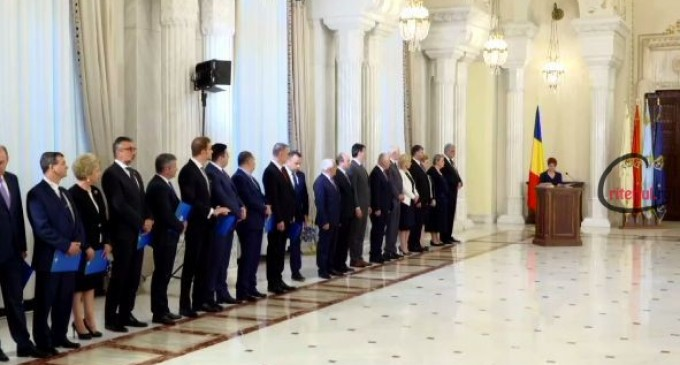 Guvernul Tudose a depus jurământul și a intrat oficial în funcție