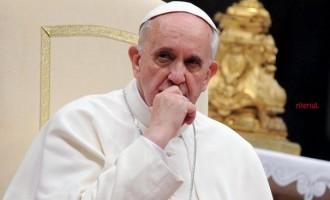 Papa Francisc transmite condoleanțe familiilor incendiului din Londra și promite că se va ruga pentru odihna acelor suflete dispărute în circumstanțe tragice