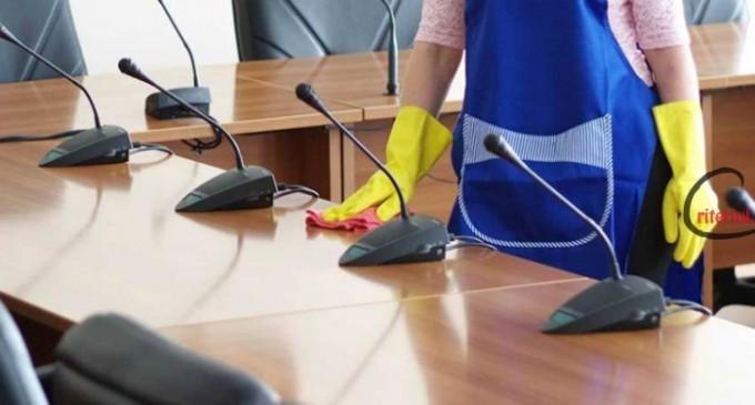 Cum scapi de problema curateniei in birouri