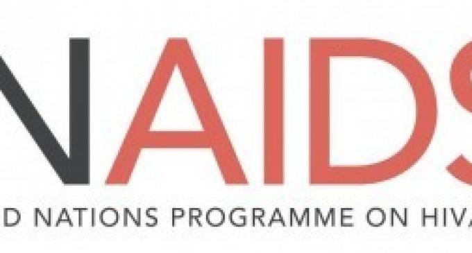 Pentru prima dată în istorie jumătate dintre persoanele cu HIV primesc tratament