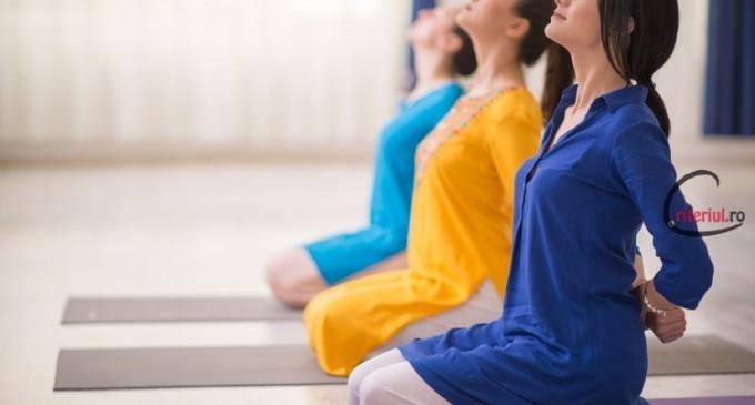 Terapia yoga te ajuta sa scapi de durerile de spate