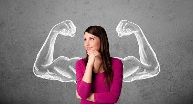 Femeia de succes: 3 tips-uri pentru a fi INCREZATOARE in fortele proprii!