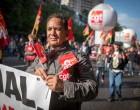 Muncitorii vor opri protestele doar dacă planurile lui Macron de a slăbi legile muncii din Hexagon vor deveni viabile