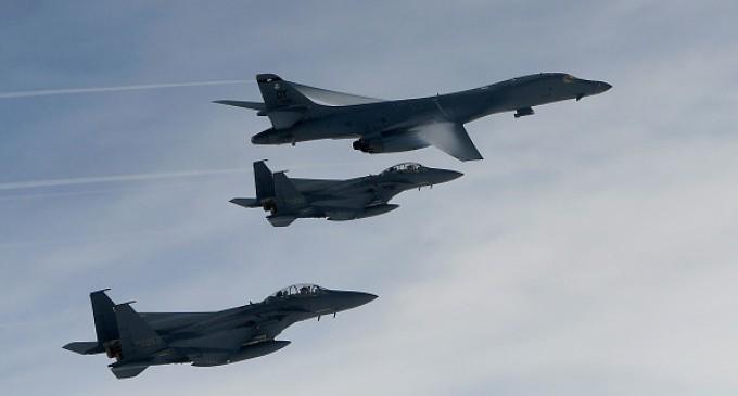 ACTUAL!Bombardierele SUA au survolat spaţiul aerian din apropierea Coreei de Nord, într-o demonstraţie de forţă