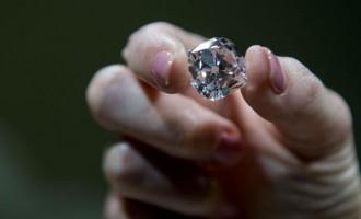 Un diamant care a aparținut regilor francezi va fi licitat la Geneva
