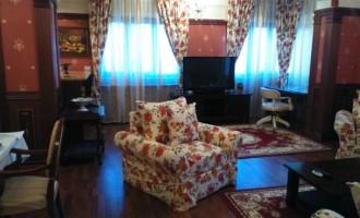 Închirierea unui apartament în regim hotelier vs. cazarea clasică. Avantaje și prețuri