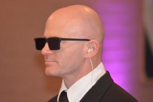 a-bald-man-4854x3251_52802