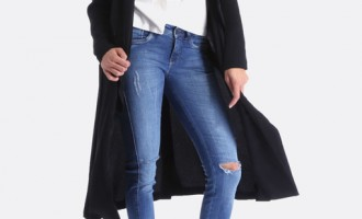 Modele de blugi 2018 potriviti pentru femeile care vor sa se imbrace bine