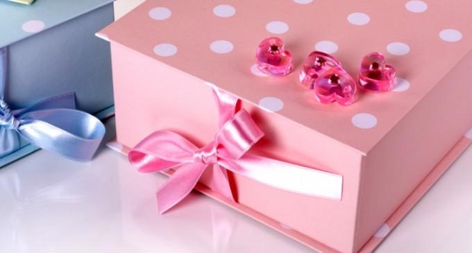 De ce ce ai nevoie de cutii pentru cadouri