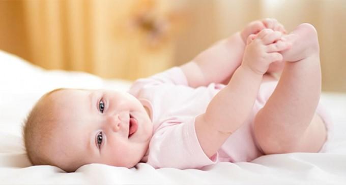 3 sfaturi pentru a spala corect hainele bebelusului tau
