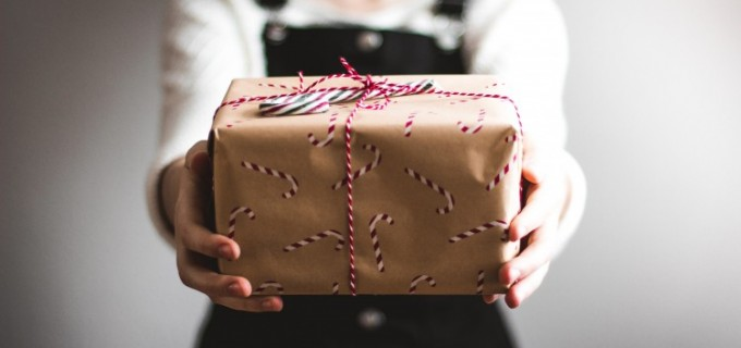 Idei de cadouri pentru sarbatori? Iata ce poti face cu un Card Cadou!