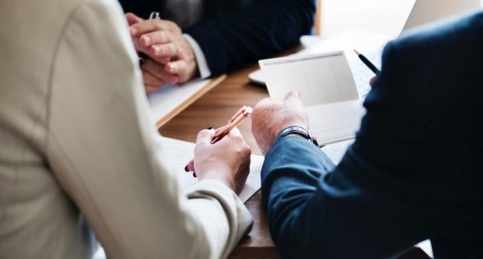 Cum te poate ajuta o casa de avocatura sa solutionezi problemele juridice