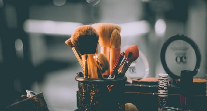 Machiaj profesional cu cosmetice de calitate