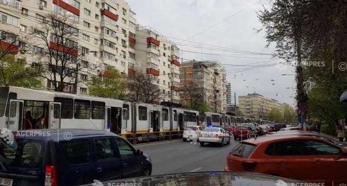 Circulaţia tramvaiului 41, blocată în ambele sensuri, din cauza unui accident
