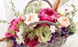 Un cadou din suflet – cosurile de flori de la ImodFlowers.ro