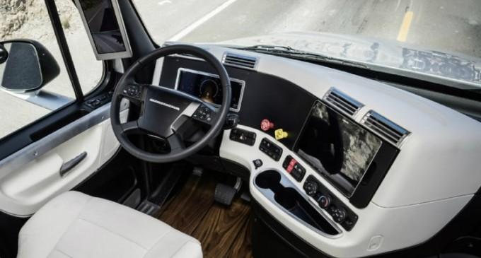 Care sunt cele mai importante accesorii de interior pe care un sofer de camion trebuie sa le aiba?