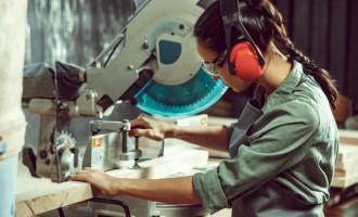 De ce este nevoie de echipamente de protecția muncii de calitate?