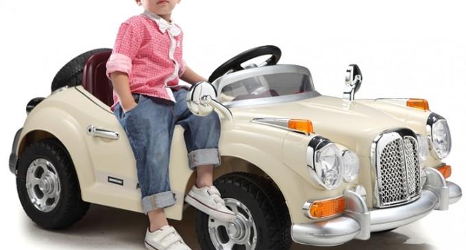 Cumpara-i copilului tau o masinuta electrica si impusti mai multi iepuri dintr-o lovitura